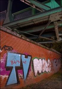 Brücke und Graffity