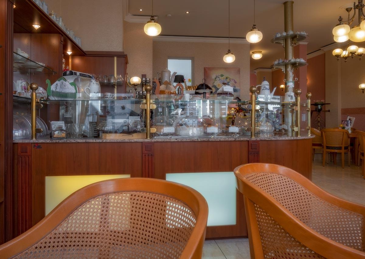 im Louisen-Café