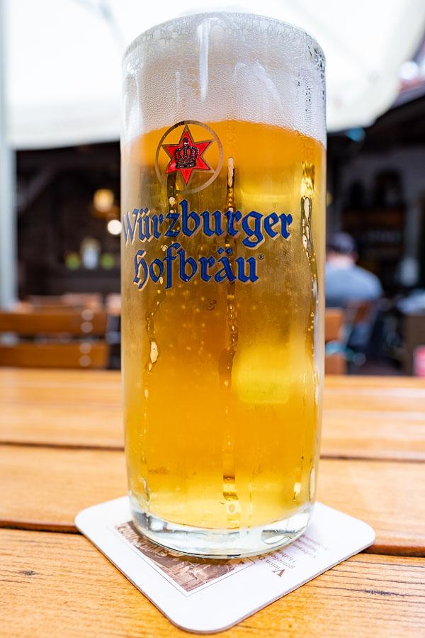 Am Abend hat sich dann der Hunger gemeldet und es gab dazu ein paar Würzburger Hofbräu